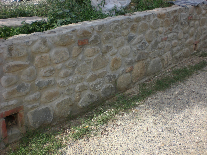 Muri in pietra ed in tufo – Quiriconi